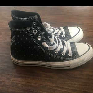**MAKE OFFER Star Print High Top Chuck Taylors